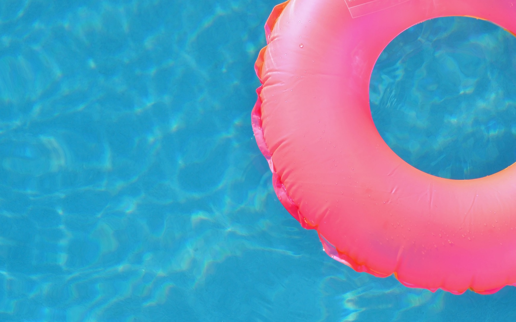 5 ways to get a lazy river in your backyard pool