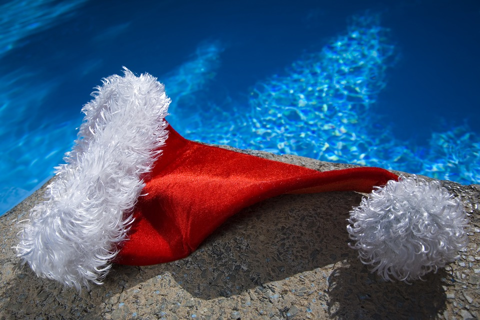 Holiday Decor for your Central Florida Pool