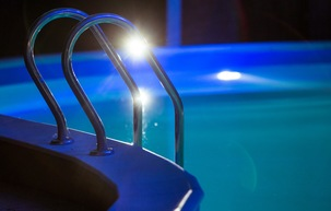 Swim Below the Stars: 5 Tips for Improved Nighttime Swimming