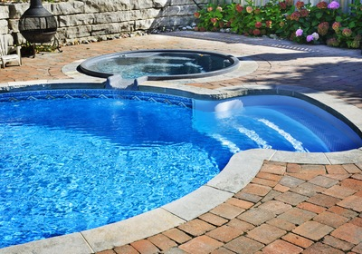 Four Things to Consider Before Purchasing a Pool