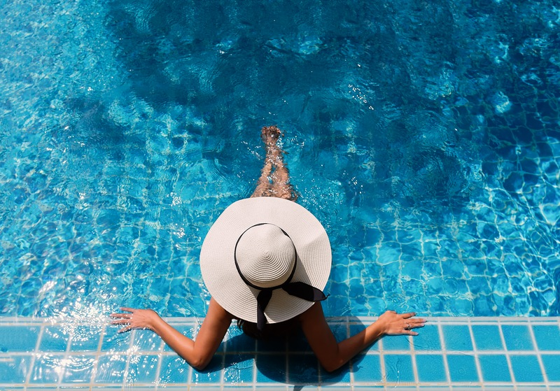 4 Pool Tips for Year-Round Swimming Enjoyment