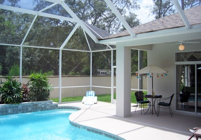 Why Your Custom Pool Deserves an Enclosure