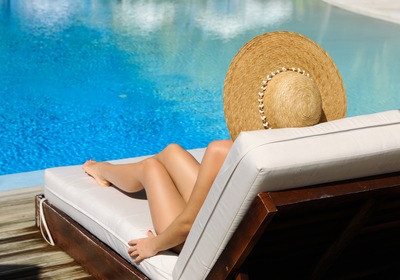 Port Orange Pools: Weather-Friendly Pool and Deck Furniture