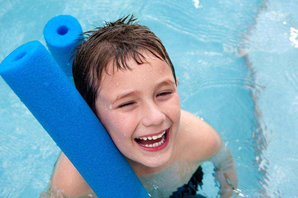 Orlando Pools: 7 Ideas for Pool Noodle Fun