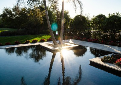 Dressing Up Your Infinity Edge Pool