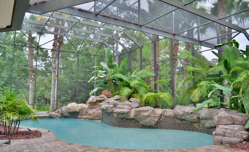 Central Florida Pools: What's in a Shape?