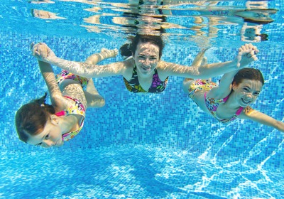 Central Florida Pools: Deep or Shallow?